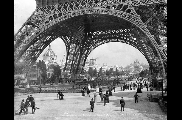 a history of the construction of the eiffel tower in paris Erected in 1889, the eiffel tower is an iconic symbol of france this 324 meters high iron lattice tower was named after its engineer alexandre gustave eiffel.